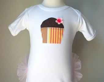 Cupcake appliqué on SHORT sleeved Tutu Onezee White Bodysuit with built-on Pink Tutu, baby tutu, baby girls shower gift, infant tutu, tutu