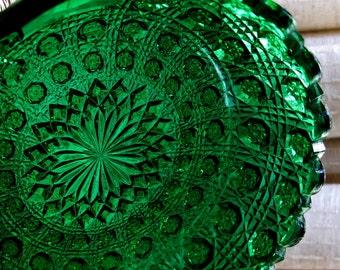 Vintage Westmoreland Nappy Green Glass Handled Pressed Pattern 909 Star Cane Design 1912