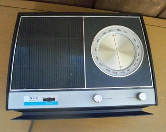 Vintage Electronics Radio Sears Solid State AM FM Mid Century Design