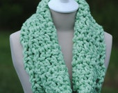 Mint Thick Cowl