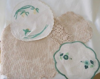 vintage doilies, crochet doilies, green doliies, st patricks day, daffodil doily, rare applique doily, group of 4 doilies