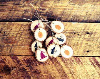 15 Wood Slice Halloween Tags Ornaments