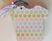 Baby Onesie Scrapbook and Baby Shower Advice Game - Gender Neutral Colors (Pastel Button Cover) - Great for New Baby Gifts