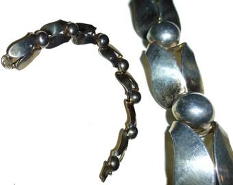 Vintage Modernist Sterling Silver Napier Bracelet. 1950s. USA