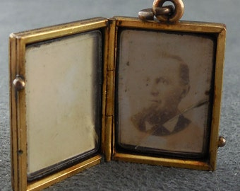 Antique Rose Gold Locket Rectangular 19th Century