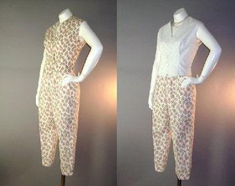 50s capri pants set vintage 1950s NOVELTY STRAWBERRY PRINT reversible vest 2pc top and pant set