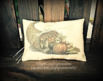 Prim Cornucopia Pillow Tuck