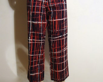 1990's Trina Turk Capri Pants , Red , White , and Blue Abstract Plaid Size 4