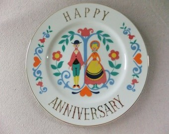 Vintage Happy Anniversary Decorative Plate Couple Holding Hands Hearts Folk Wall Hanging Display