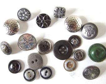 18 Assorted Silvertone Buttons