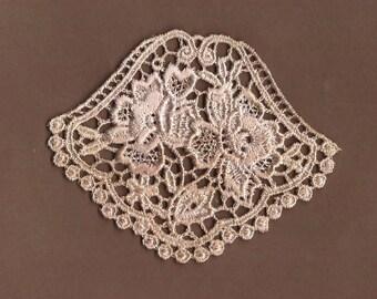 Hand Dyed Petite Rose Medallion Venise Lace Applique  Vintage Blush
