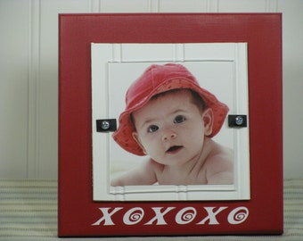 4X4 Picture Frame Wedding Frame Wood Frame XOXOXO Quote Red White Mat Cottage Chic
