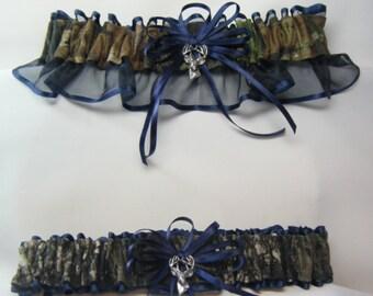 Camouflage wedding garters  Camo garter navy blue mossy oak prom garters