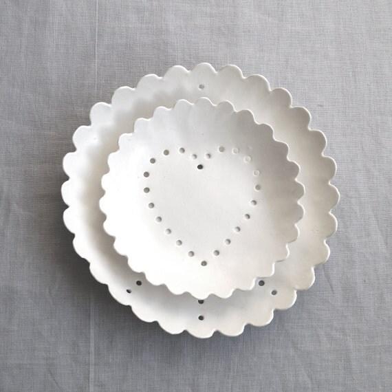 PEACE AND LOVE berry bowl set. Dining and serving fruit bowls, white porcelain, ceramic glaze, geometric hole design