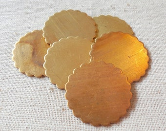 Vintage Scalloped Round Blank (6) Patina, Die Stamping