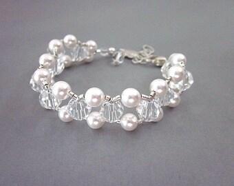 Swarovski Bridal Bracelet -- White Swarovski Pearl Bracelet -- White Bead Bridal Bracelet -- Clear Crystal & White Bracelet -- Elegant Gift