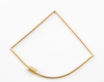 Wendy // handcrafted bracelet in recycled brass