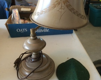 Vintage desk lamp country colonial charm.