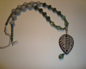 Woodland Ceramic Fern Pendant Necklace - Handmade with Czech Glass and Ceramic Beads in Green and Beige Colors - Artisan Made Design - SRAJD