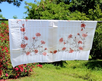 Printed Festive Linen Tablecloth - White Table Cloth with Gold Thread 12342
