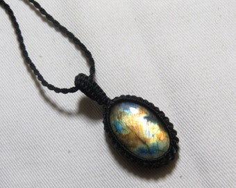 Labradorite - Marcrame Pendant - So Nice Full Flash Fire Oval shape Pendant - Stone size 20x30 mm Approx