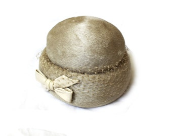 vintage hat 50's silver gray taupe netting 1950s fur leather bow accessories