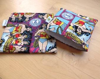 Lg/Med Wonder Woman Set Reusable Snack Sandwich Baggie Bag with water resistant lining