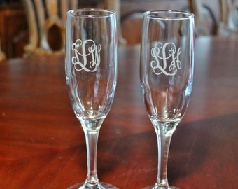 10 Engraved Monogrammed Champagne Flutes,  Wedding champagne flutes, Bridesmaid champagne flutes, Bridal party glasses