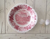 Vintage Red Transferware Berry Bowl Shabby Cottage Home & Living Kitchen Dining Serving