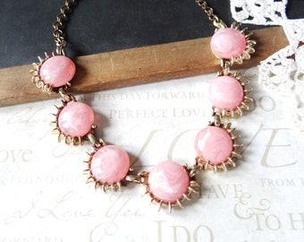 PINK dreams vintage 1960s statement necklace (gold)