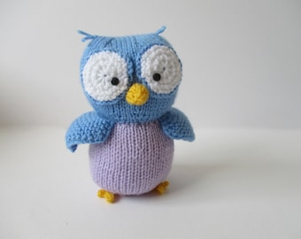 Graduation Owl toy knitting patterns