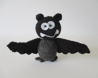 Billy the Bat toy knitting pattern