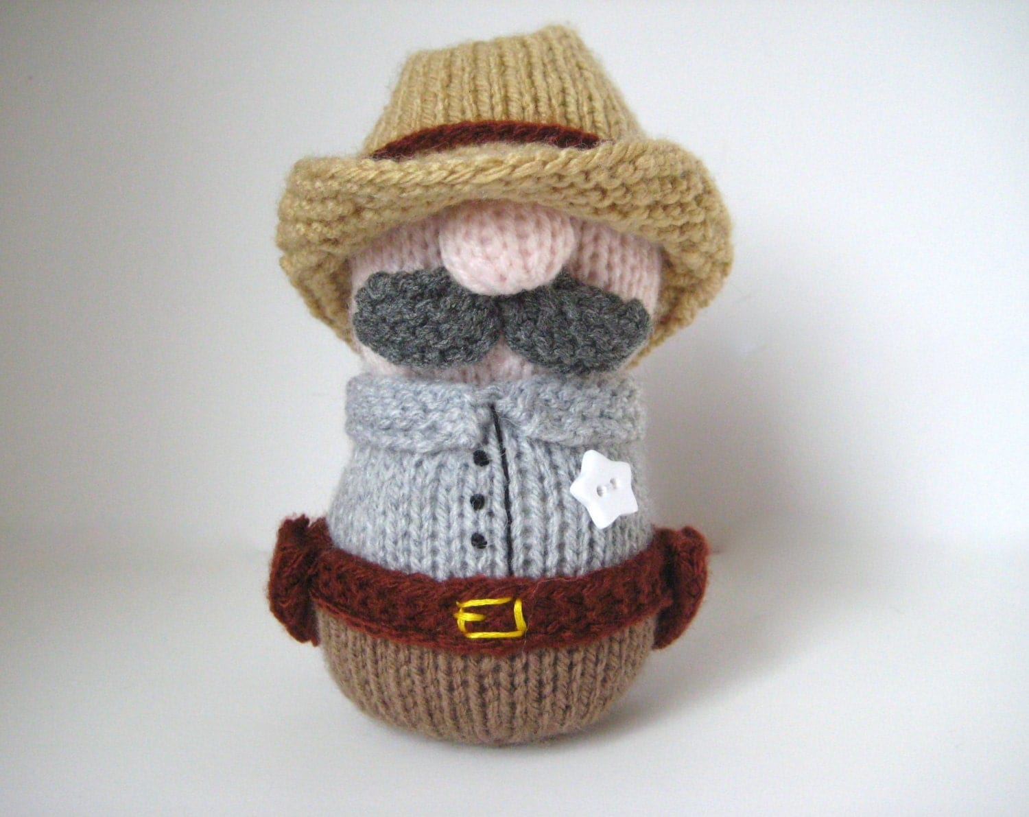 Free Knitting Patterns For Pets : Sheriff Howdy toy knitting patterns