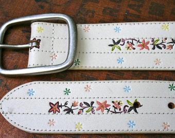 Vintage White Leather Belt With Floral Design  Large