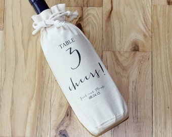 TABLE NUMBER Bag - Wine Bottle Favor - Personalized Favor Bags - Wedding Favor