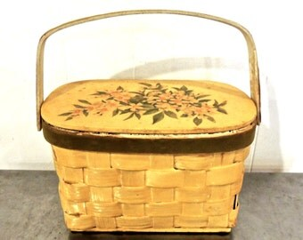 SALE vintage basket purse - 1950s floral hinge-top box purse