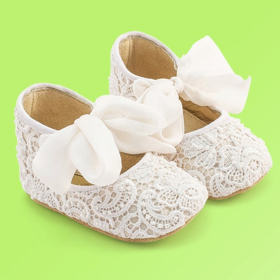 white baby shoes baby moccasins baby shoes baby by vibys