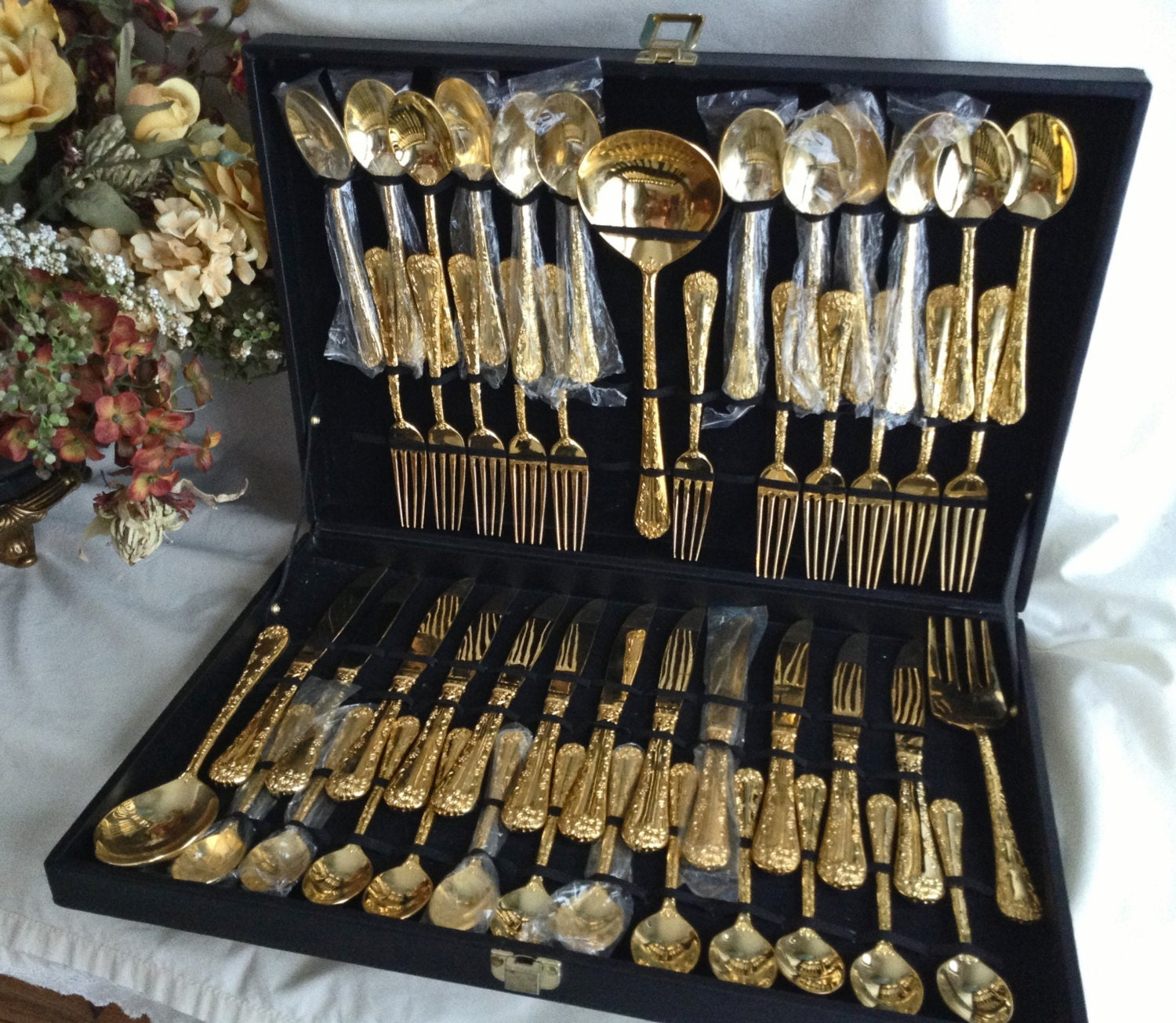 51 Pc Gold Flatware With Case Wm Rogers Amp Sons By