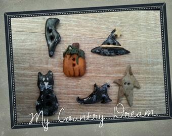 Handmade Primitive Halloween Buttons - set of 6 pcs.