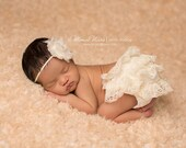 Ivory Lace Bloomer and headband set, baby bloomers, diaper cover, newborn photo prop, baby girl bloomers