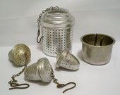 Lot of vintage kitchen utensils - Tea infusers and mystery piece - primitive kitchen items - cheesegrits