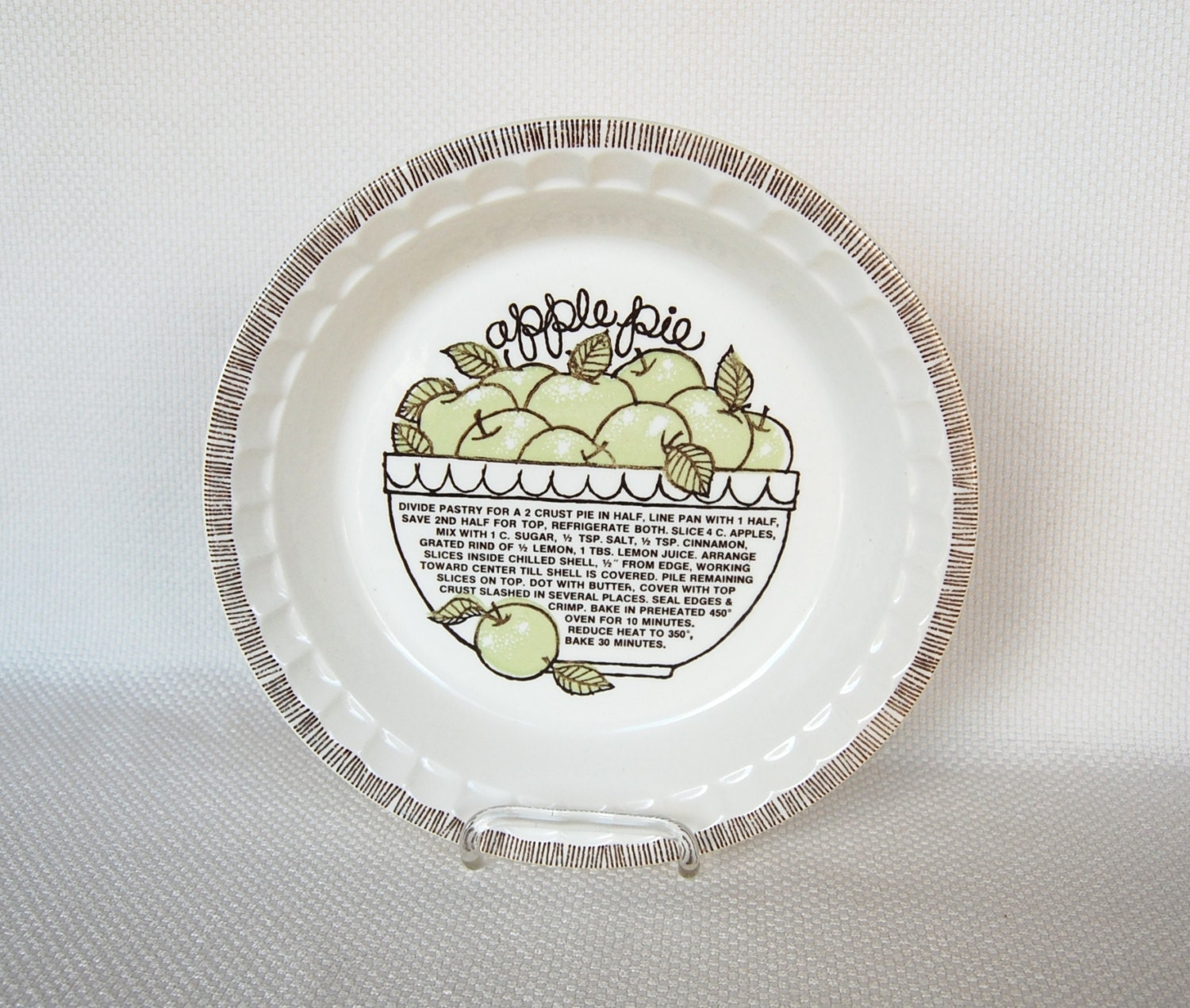 Vintage Apple Pie Plate From Royal China By Jeannette Recipe