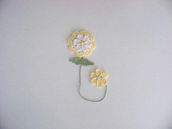 Flower Bookmark, Hand crocheted