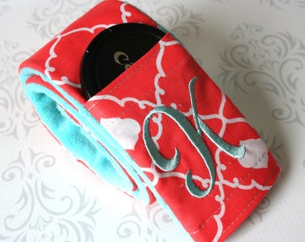 Camera Strap Cover with Lens Cap Pocket - Padded Minky - Photographer Gift - Coral Quatrefoil with Aqua Minky
