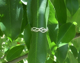 Tangled Up Ring. Vine Ring. Tangled Vine Ring. Branch Ring. Woven Ring. Twig Ring. Sterling Silver Ring. Sterling Silver Band Ring.