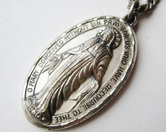 Vintage Art Deco Sterling Silver Virgin Mary Religious Holy Medal Pendant Necklace