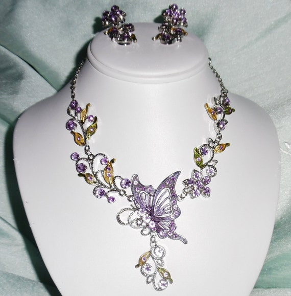 CLEARANCE, Buttterfly silver & Crystal Necklace and Pierced Earring Set, 22 inch adjustable