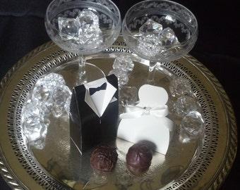 Wedding Favors, Wedding Favor Ideas, Dark Chocolate, Chocolate Truffles, Gourmet Chocolate, Handmade Chocolate Truffles, Wedding Favor Boxes