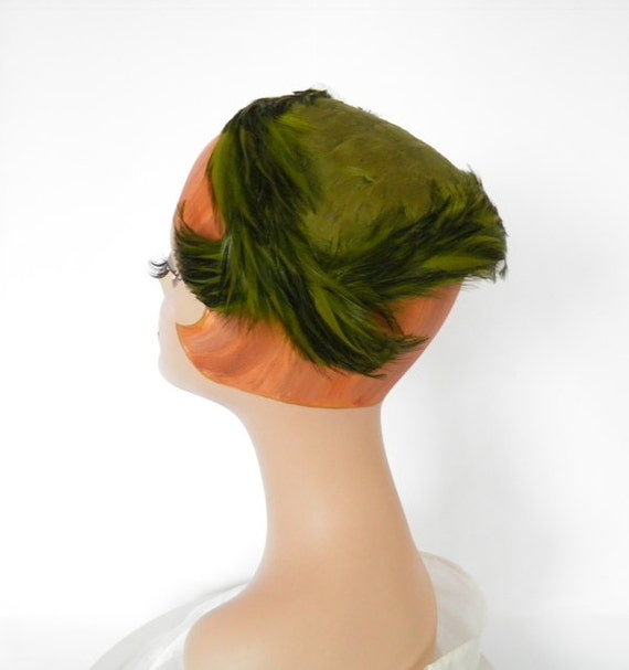 1950s cocktail hat green feathers by TheVintageHatShop on Etsy
