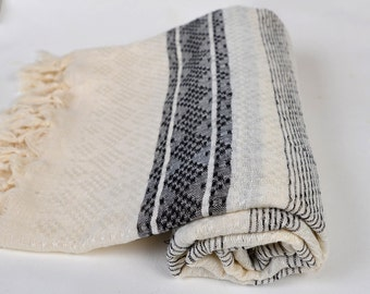 valentine's day gift, linen bath towel, peshtemal, turkish towel, for dad, black white striped towel, gift for him, guest bath towel, shawl
